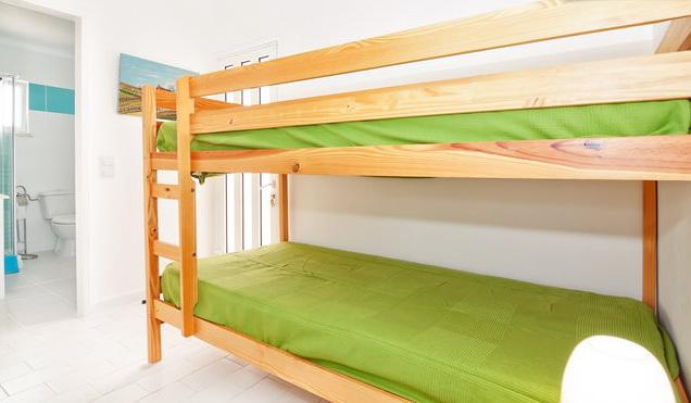 Bunk bed for two people(big enough for 2 adults)