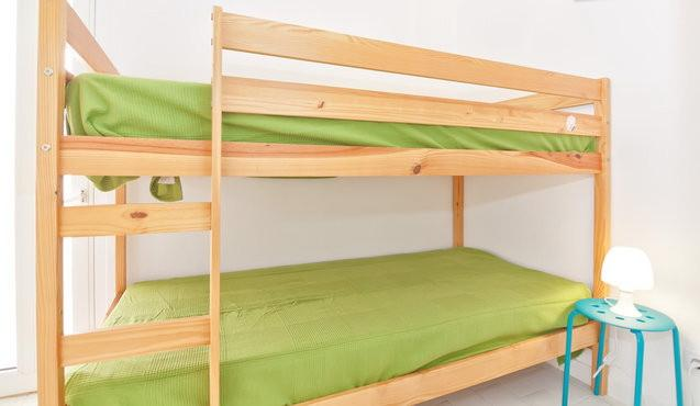 Bunk bed for two people(big enough for two people)