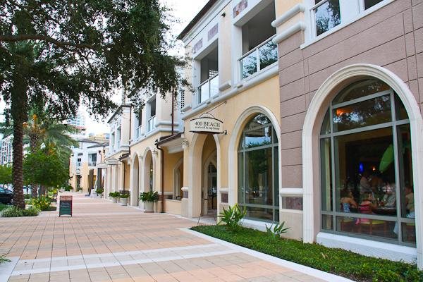 Beach Drive In Downtown St.Pete With Boutique Shopping  10 Min From Condo.