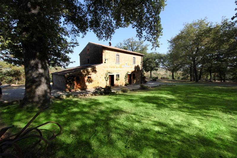 Accommodation near Pienza Tuscany, holiday rental in Petroio