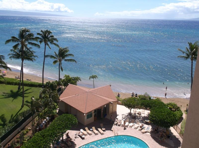 View of the pool area from the lanai