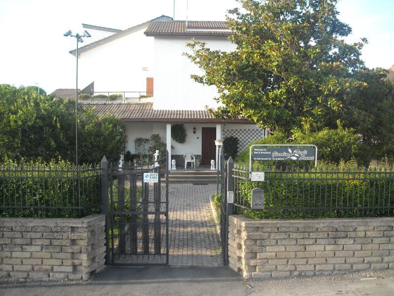 Cheap lodging in Rome Italy, alquiler vacacional en Ponte Galeria