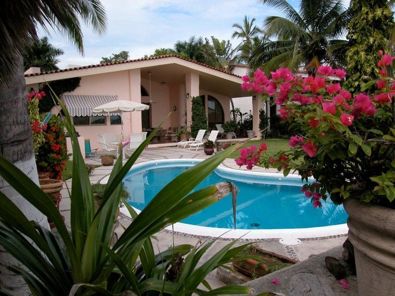 Beach House - Club Santiago, Manzanillo, Mexico, holiday rental in Santiago