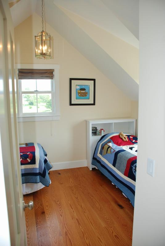 Guest house, Bedroom 2
