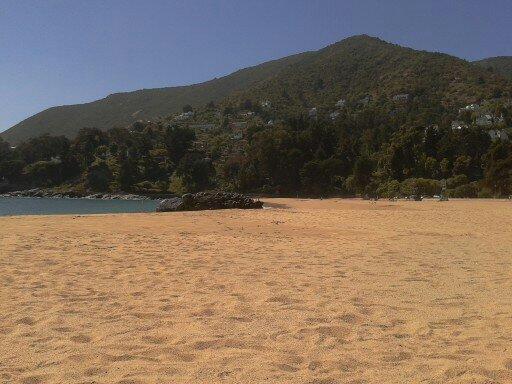 zapallar beach, at 3 min. car, 25 min walk
