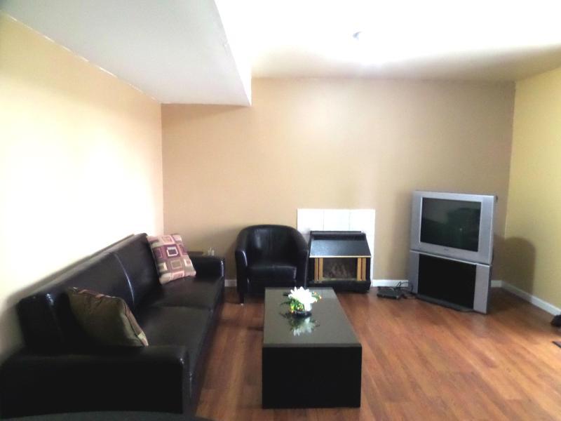 Cozy garden suite in Maple Ridge, location de vacances à Fort Langley