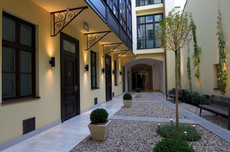 Appartements Retezova - cour intérieure