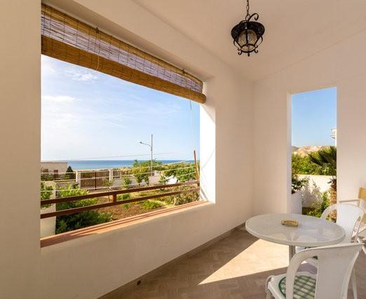 Appartamento Piccolo in Villino Trasolemare, holiday rental in Valderice