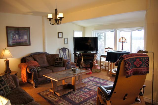 Living room and flatscreen theater