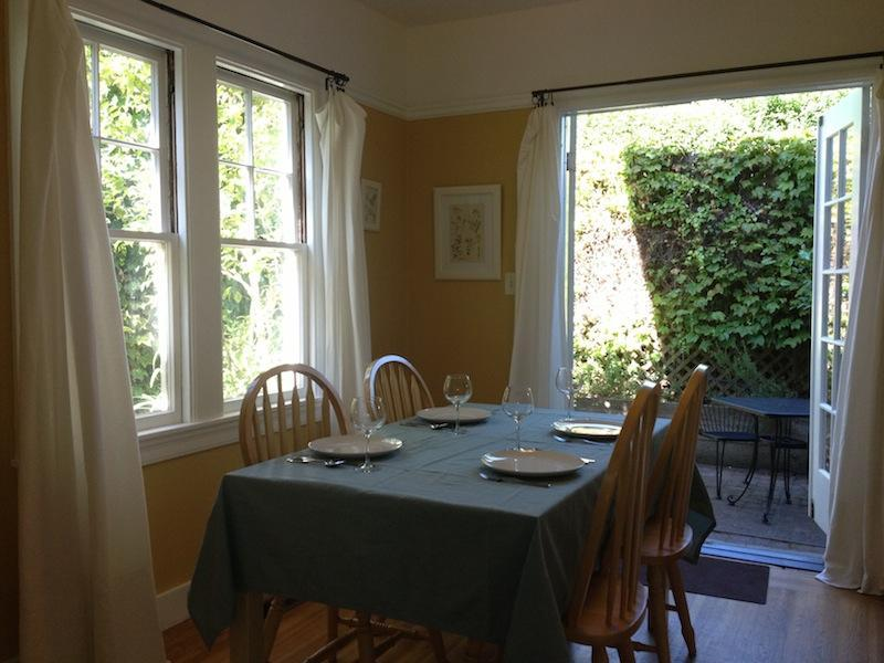 Garden Setting, 2BR+Large Office, 3 Blocks to UCB, location de vacances à Hercules