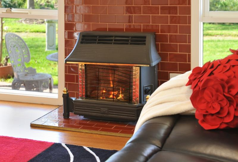 Snuggle up together with log fire & 3D TV