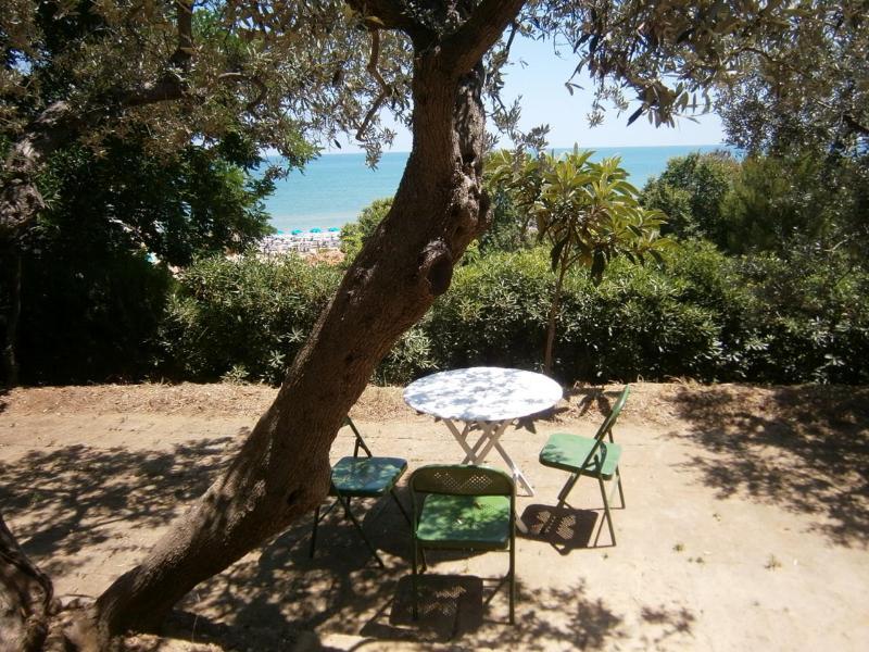 Historic Italian Beach House Villa, holiday rental in Genova-Rulli