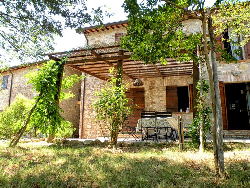 Mandorlo, Family friendly holiday house with pool, vacation rental in Fratta Todina
