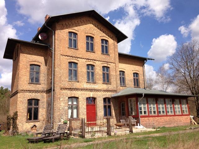 Charming Countryside Train Station, 1. Floor, casa vacanza a Sewekow