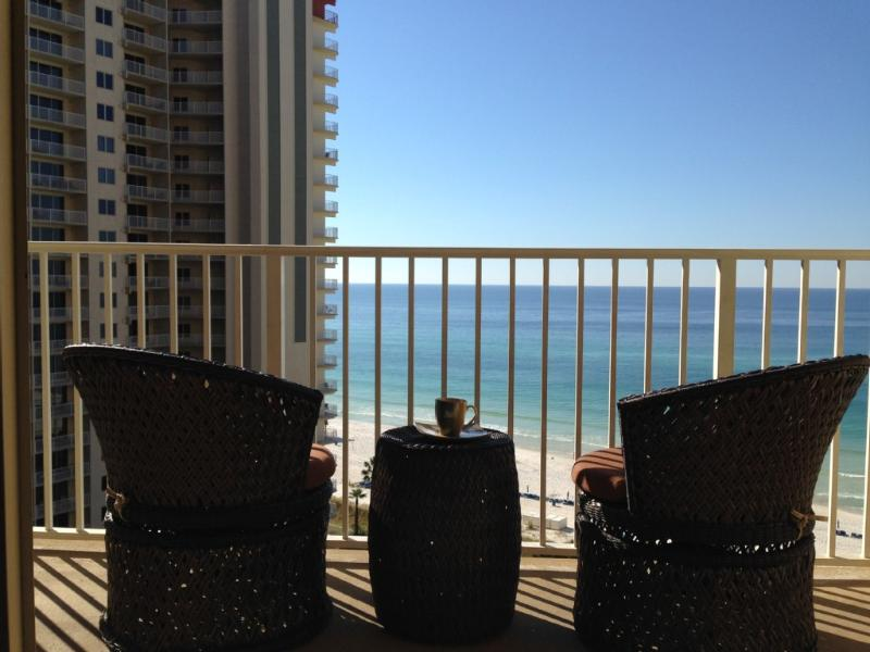Unit 1113: Oceanfront Condo w/Res. Parking, holiday rental in Panama City Beach