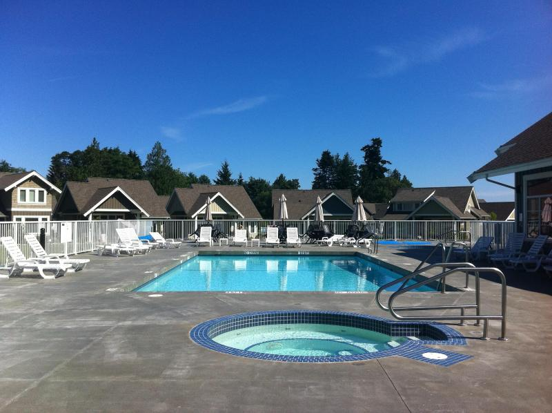 Pool and 2 Hot Tubs Open June 15 to Sept 15.