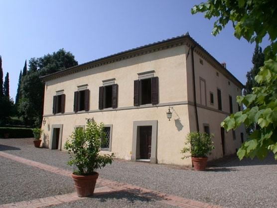 La Tenuta Villa to rent in Asciano - Siena - Rent this villa, holiday rental in San Casciano in Val di Pesa