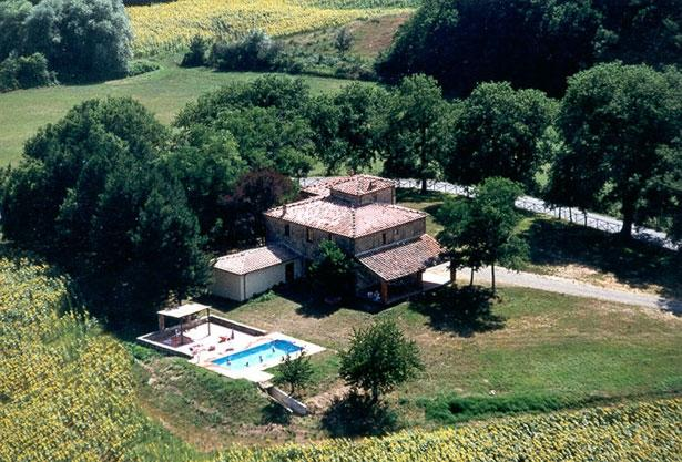 Tuscany Estate - Casa Leopold Italian villa rental near Arezzo, Siena and Crete, vacation rental in Montebenichi