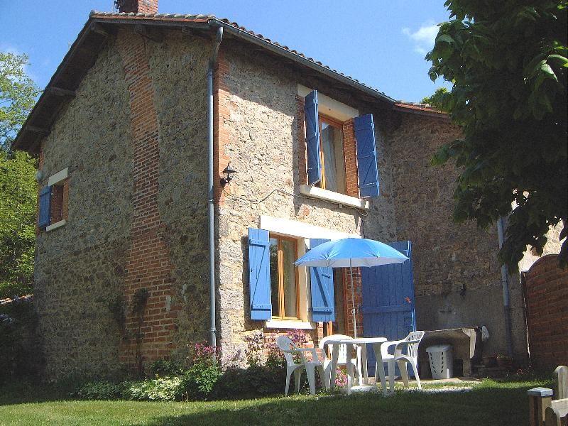 Maison Lavaud, Self catering accommodation in the, vacation rental in La Croix-sur-Gartempe