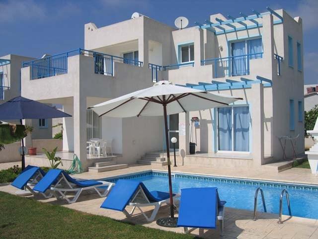 Holiday Villa in Cyprus (Philippos villas), holiday rental in Khlorakas