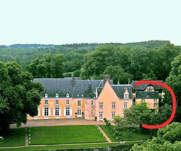 Chateau de la Barre et son chalet.