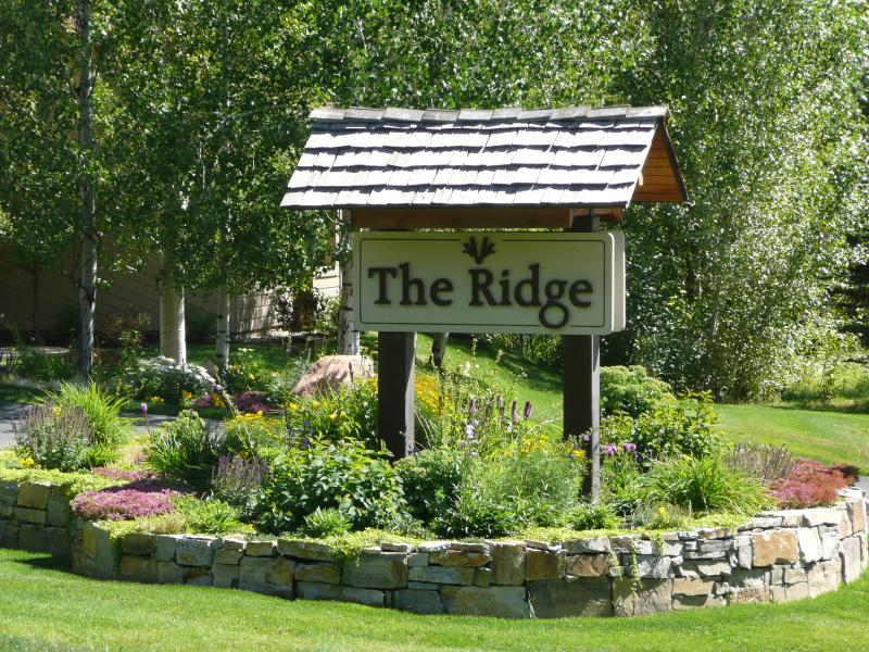 Entry to Ridge Condos