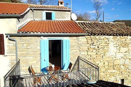 ISTRIAN RURAL HOUSE!!!, casa vacanza a Cerovlje