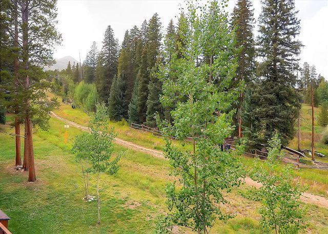 Tyra Summit Balcony View Breckenridge Lodging