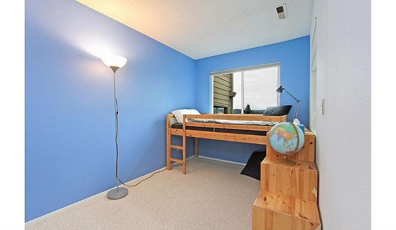 Den with Twin bed and room for play or relaxation