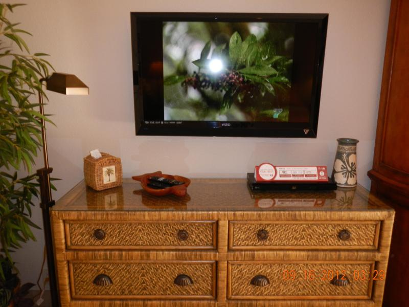 Master bedroom with brand new 37 inch LCD TV with Blue Ray player