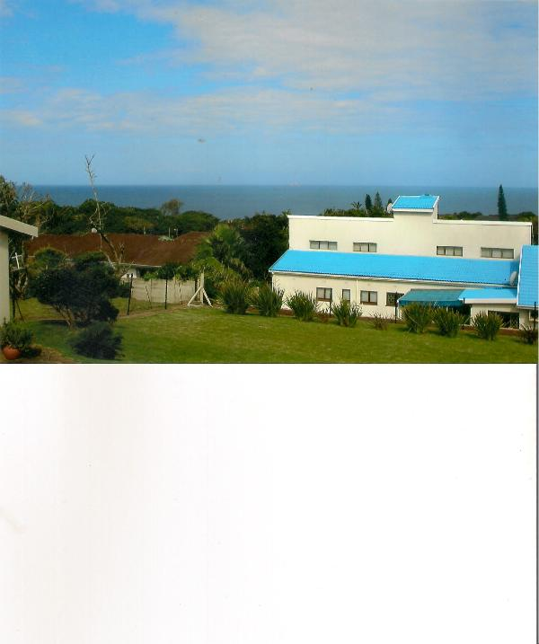 Sea view from units/Main beach, shops within walking distance/Wild Cost Sun 5 km away/