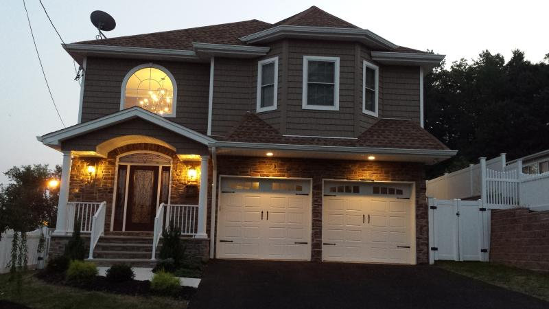 High End Luxury Home available for Superbowl 2014, aluguéis de temporada em Fair Lawn