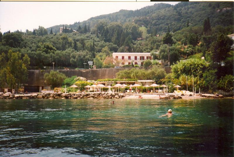 Faliraki Apartments, holiday rental in Dafnata