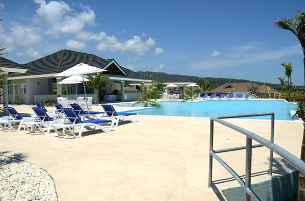 Club House & Pool