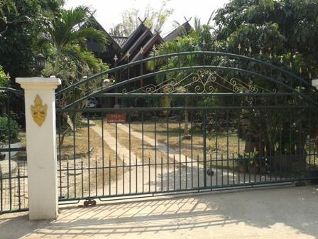 'Isaan Thai House'