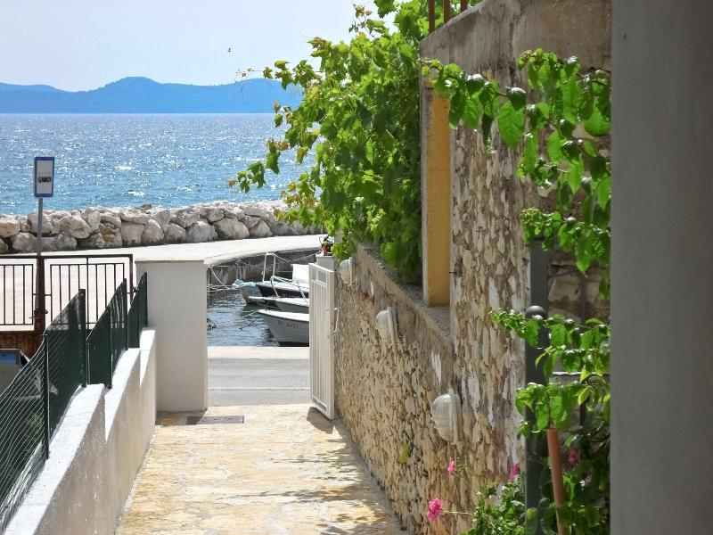APARTMENT MARKO in a quiet position,acros the sea, vacation rental in Zadar