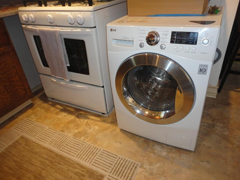 New Washer and Dryer and New Oven