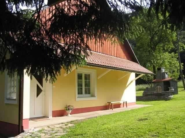 Apartma Vintgar (4+2)*** - Pohorje and surrounding, location de vacances à Smarje Pri Jelsah