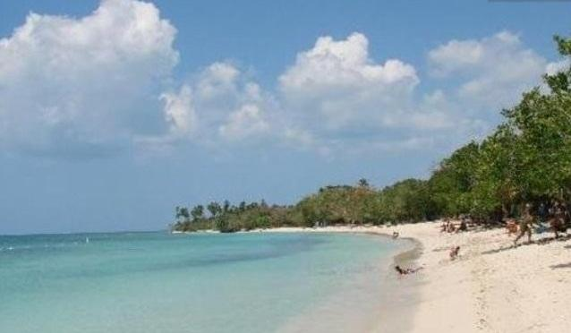 Playa Buye, another near by beach.  There are plenty of beaches in all this area.