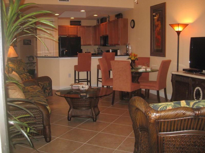 Living area, dining area and kitchen