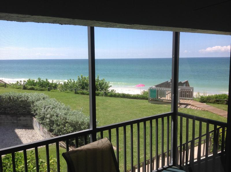 Spectacular Gulf Front Condo, 30 Feet to the beach, 2 Bedroom, 2 Bath, La Coquina Complex, vacation rental in Englewood