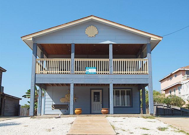 Welcome to Cyndies Beach House