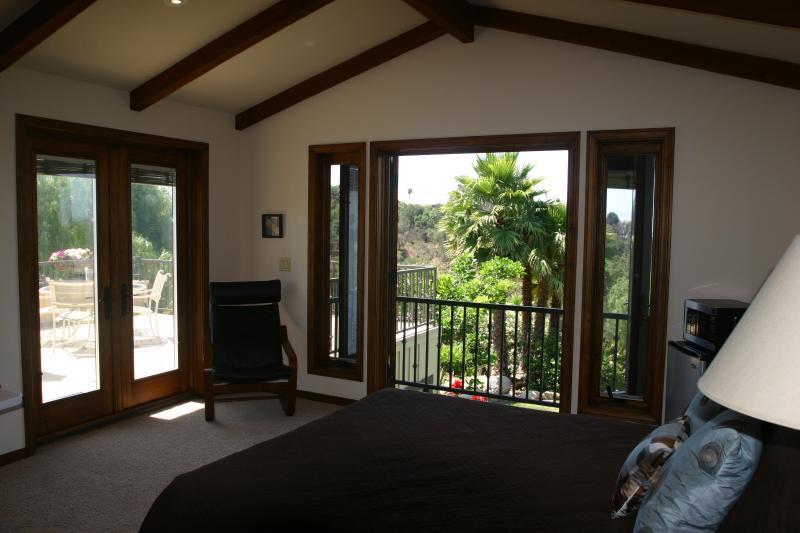 Tropical Getaway With Views, vacation rental in Goleta