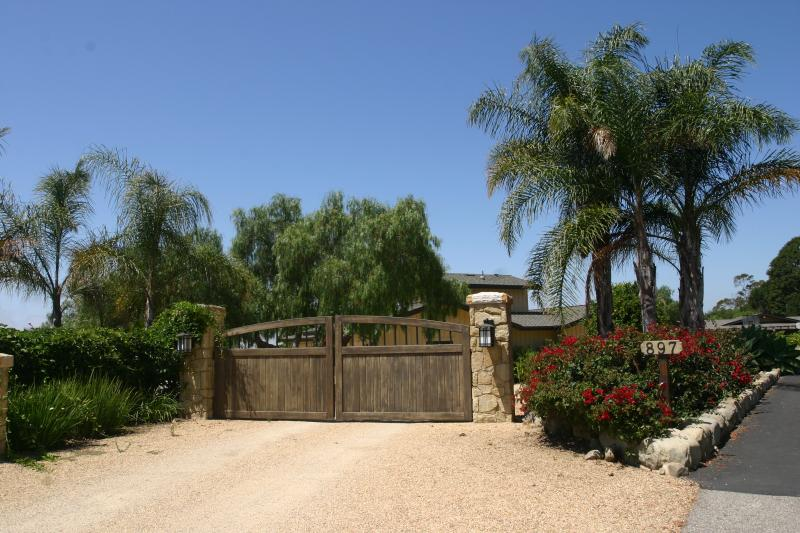 Entrance Of The Property Gate will always be opened