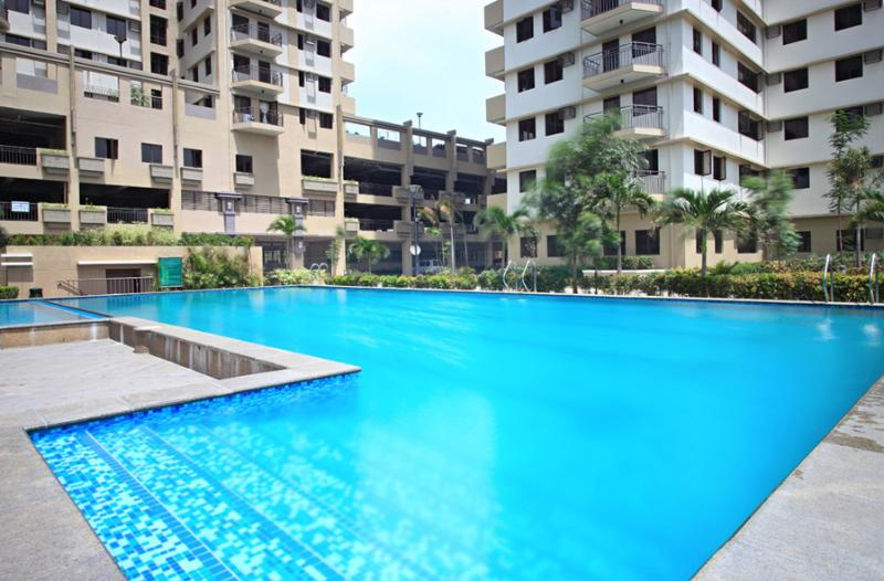 Stylish Studio Furnished Condo Unit For Rent, vacation rental in Cavite City