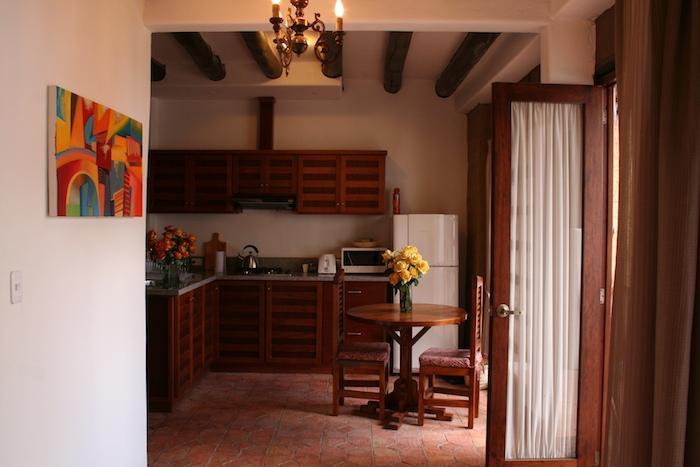 Charming one-bedroom with garden, historic Cuenca, alquiler de vacaciones en Cuenca