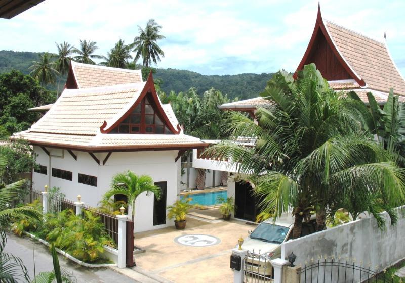 ROM YEN GUEST HOUSE ENTRANCE