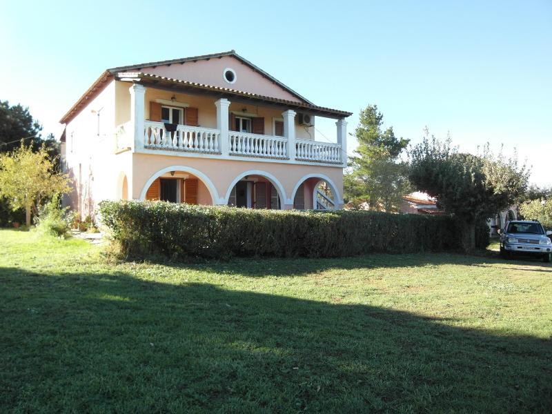 Villa Pantheo