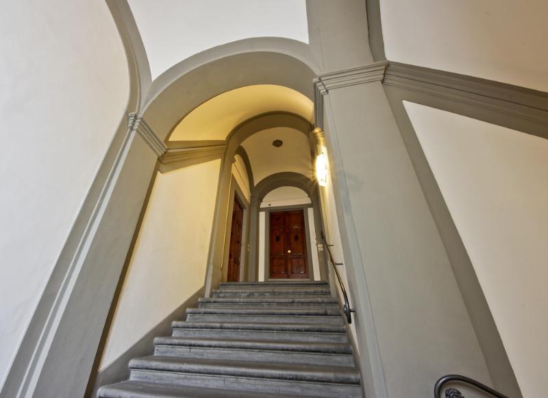 escaleras de palacio