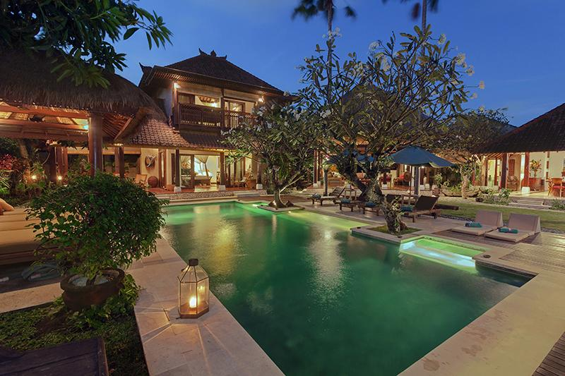 Villa Kampung Besar 6-bedroom